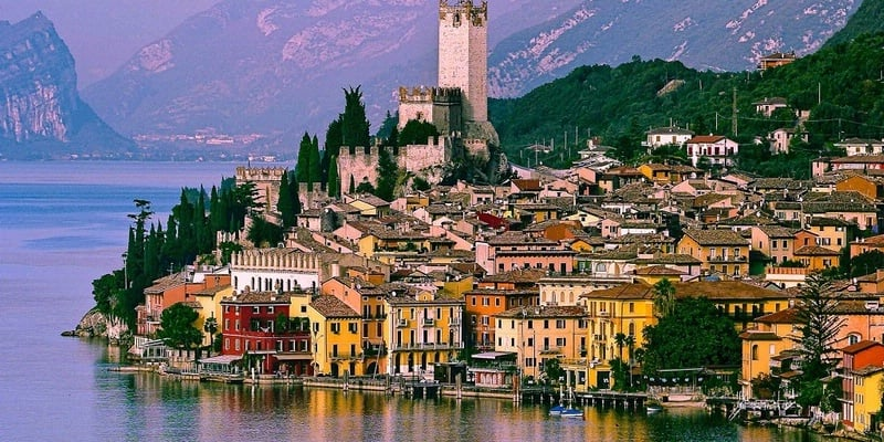 The east coast of Lake Garda
